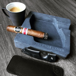 Sunday Morning C&C! It seems @spartan_cigz likes his coffee like he likes his cigars accessories. Dark and bold ☕🖤😉 ▫ Photo credit : @spartan_cigz 2015 La Escepcion Don Jose RE 🇮🇹