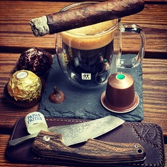 The first breakfast of the week should always be a bit special ☕️💨🍫😉 ▫ Photo credit : @raducanipeanu 👏