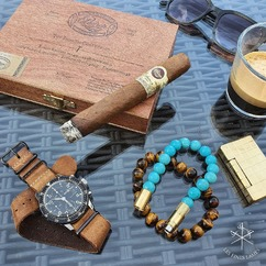 Feeling blue? Have a @padroncigars 💨💎😉 ▫ PUNCH BRACELET® by LES FINES LAMES from 42€ / 49$ ➡️ Available September 24 on Indiegogo - subscribe to the launch list and get notified (link in bio) ▫